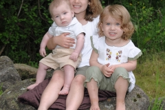 Sisters_and_Brother